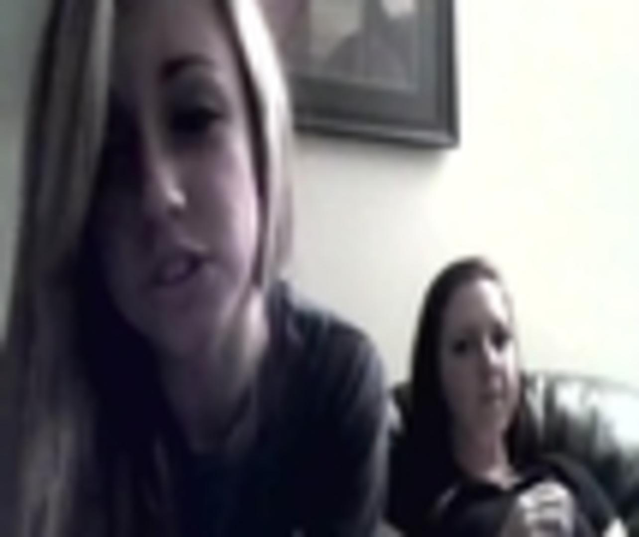 two girls web cam head smash | jukin media