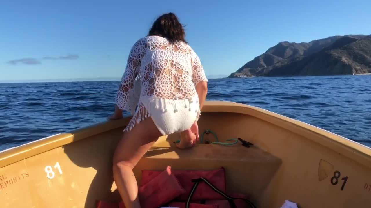 Girls bikini fall off, young boys spank moms stories